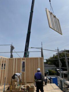 一宮市妙興寺にて新築工事の建て方のお手伝いして来ました。